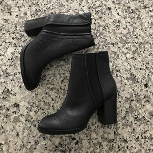 Kenneth cole 5M lennon booties